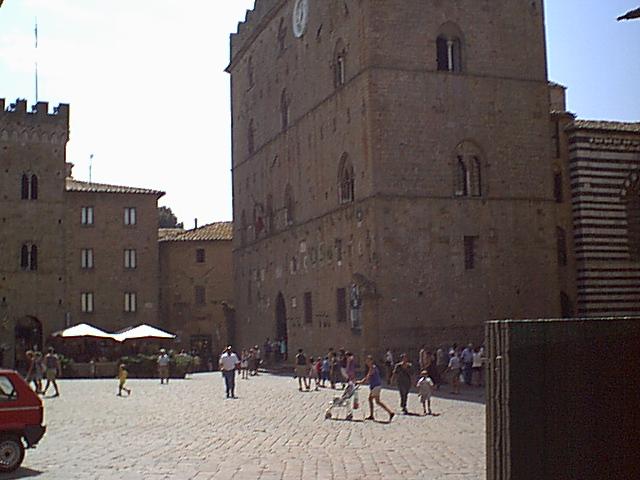 Volterra - 2000-08-22-123156
