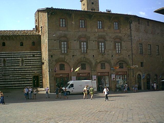 Volterra - 2000-08-22-123455