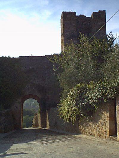 Monteriggioni - 2000-08-24-180733