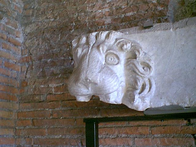 Markets of Trajan - 2000-09-01-155410