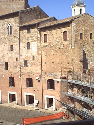 Markets of Trajan - 2000-09-01-161658