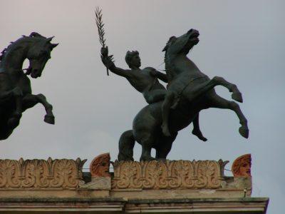 Piazza Castelnuovo - 2001-09-12-190533