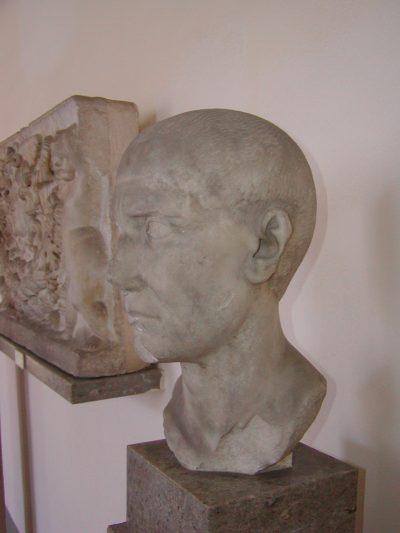 "Archeological Museum ""A. Salinas"" - 2001-09-16-121434"