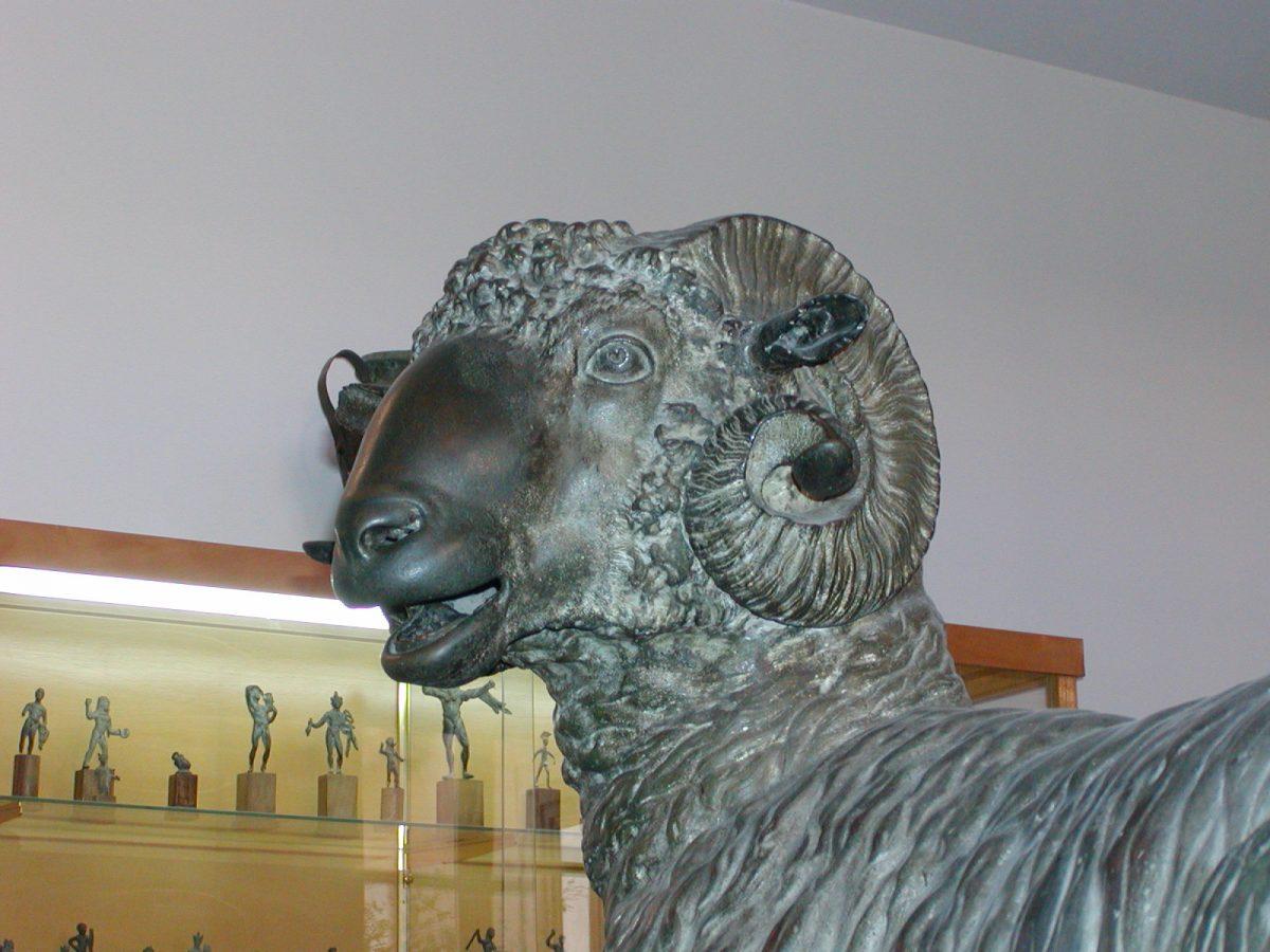 "Archeological Museum ""A. Salinas"" - 2001-09-16-122852"