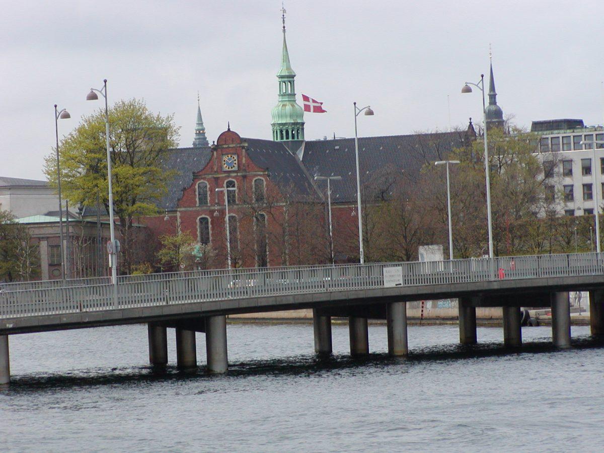 Copenhagen - 2002-04-28-135205
