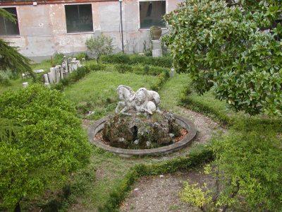 Capitoline Hill - 2002-08-30-164105