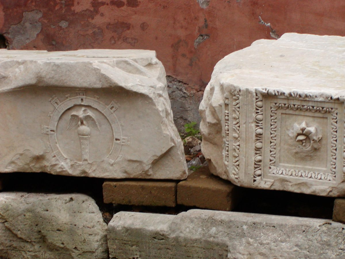 Portico of Octavia - 2002-08-30-171152