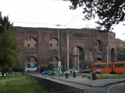 Piazza di Porta Maggiore - 2002-08-31-180324