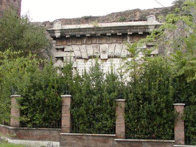 Piazza di Porta Maggiore - 2002-08-31-182154