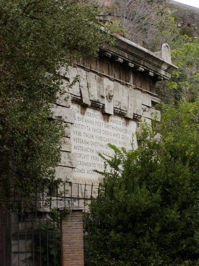 Piazza di Porta Maggiore - 2002-08-31-182453