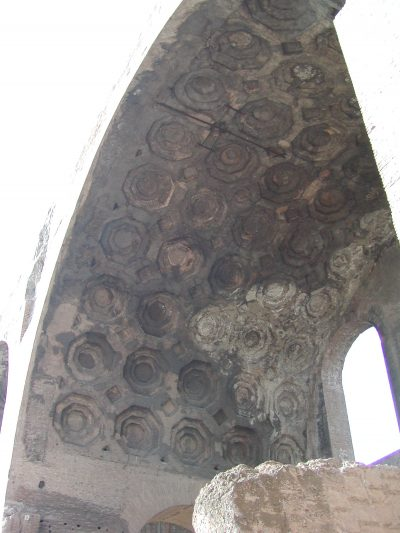 Basilica of Maxentius - 2002-09-04-165045