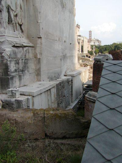 Arch of Septimius Severus - 2002-09-04-174119