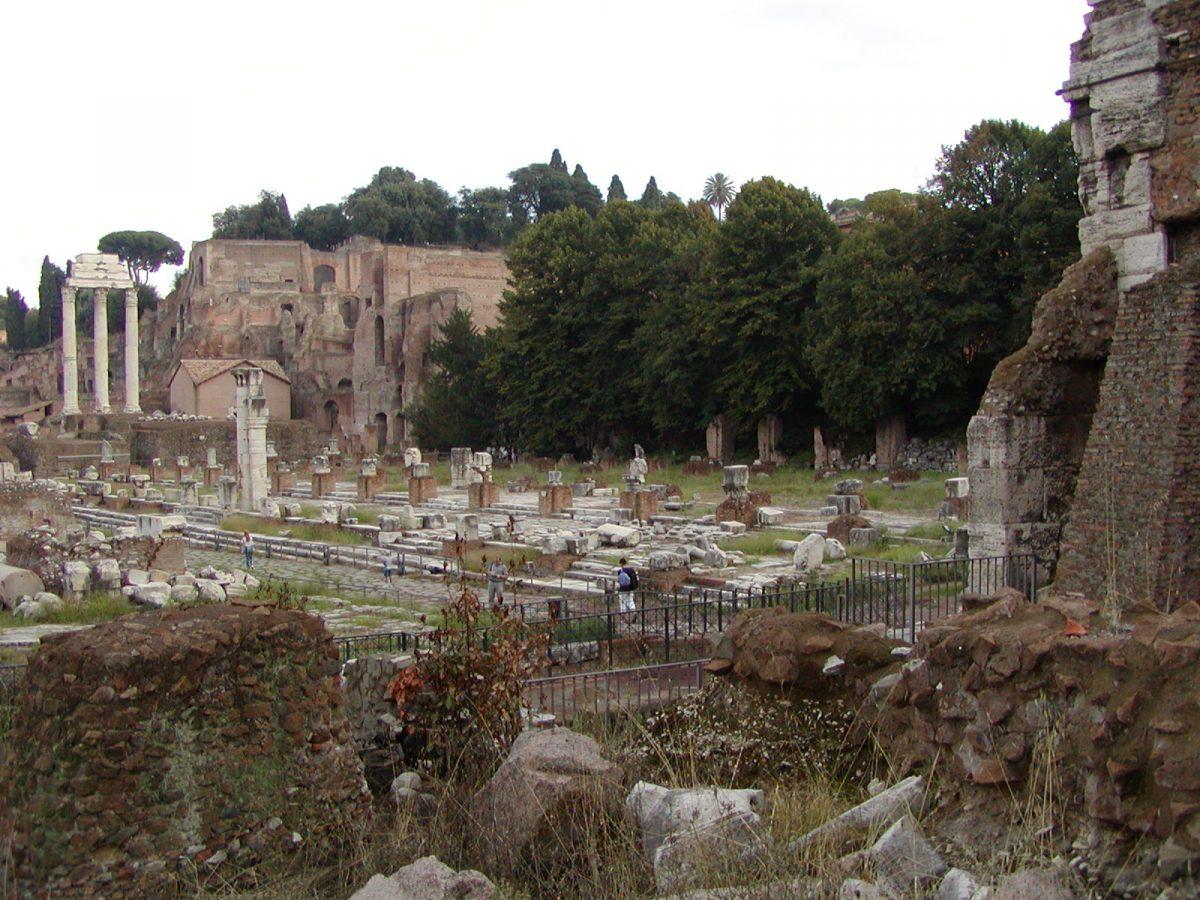 Forum Romanum - 2002-09-04-175555