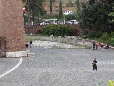 Piazza del Colosseo - 2002-09-04-183331