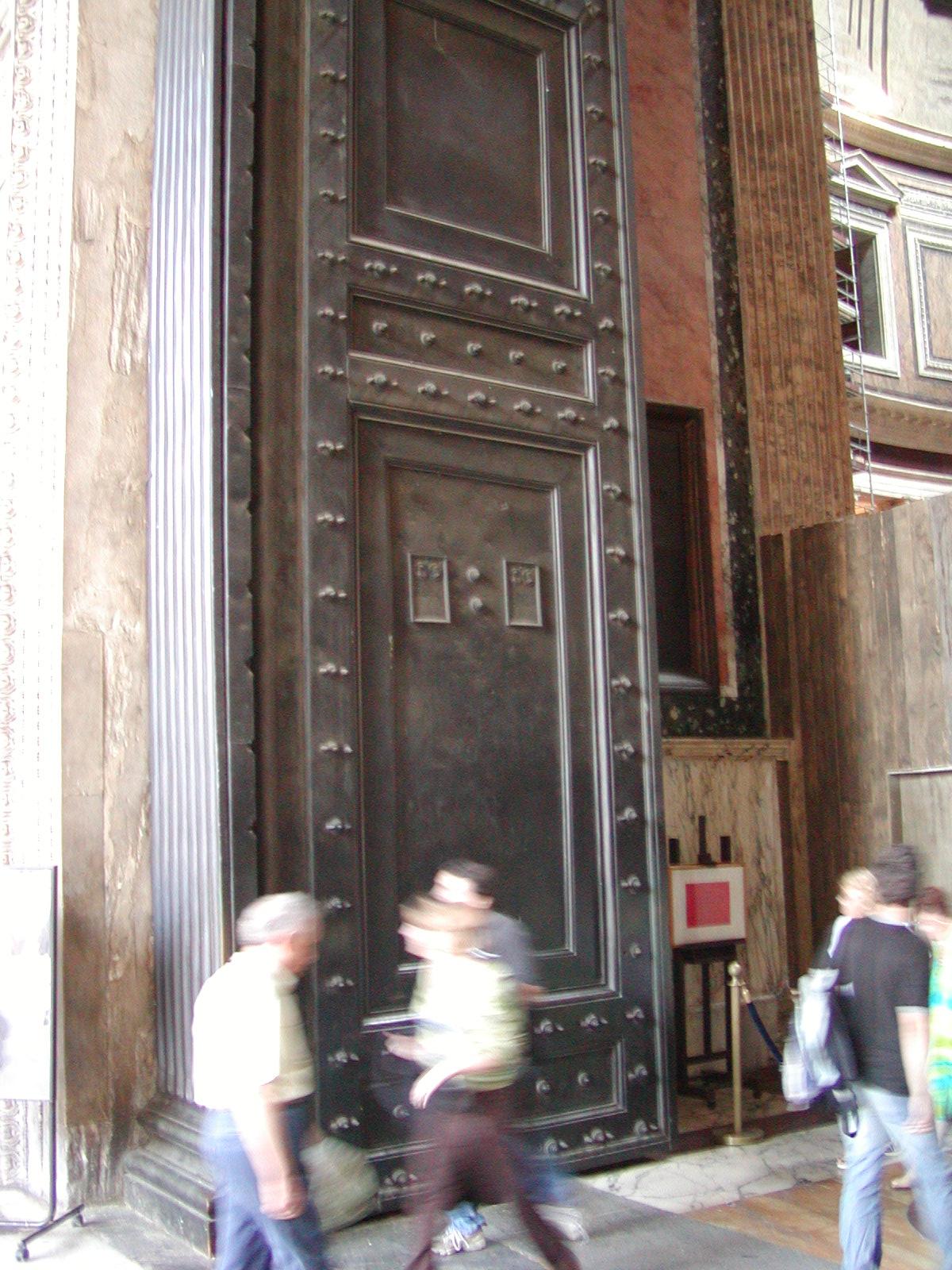 Pantheon - 2002-09-06-174138