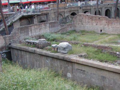 Area Sacra di Largo Argentina - 2002-09-06-185037