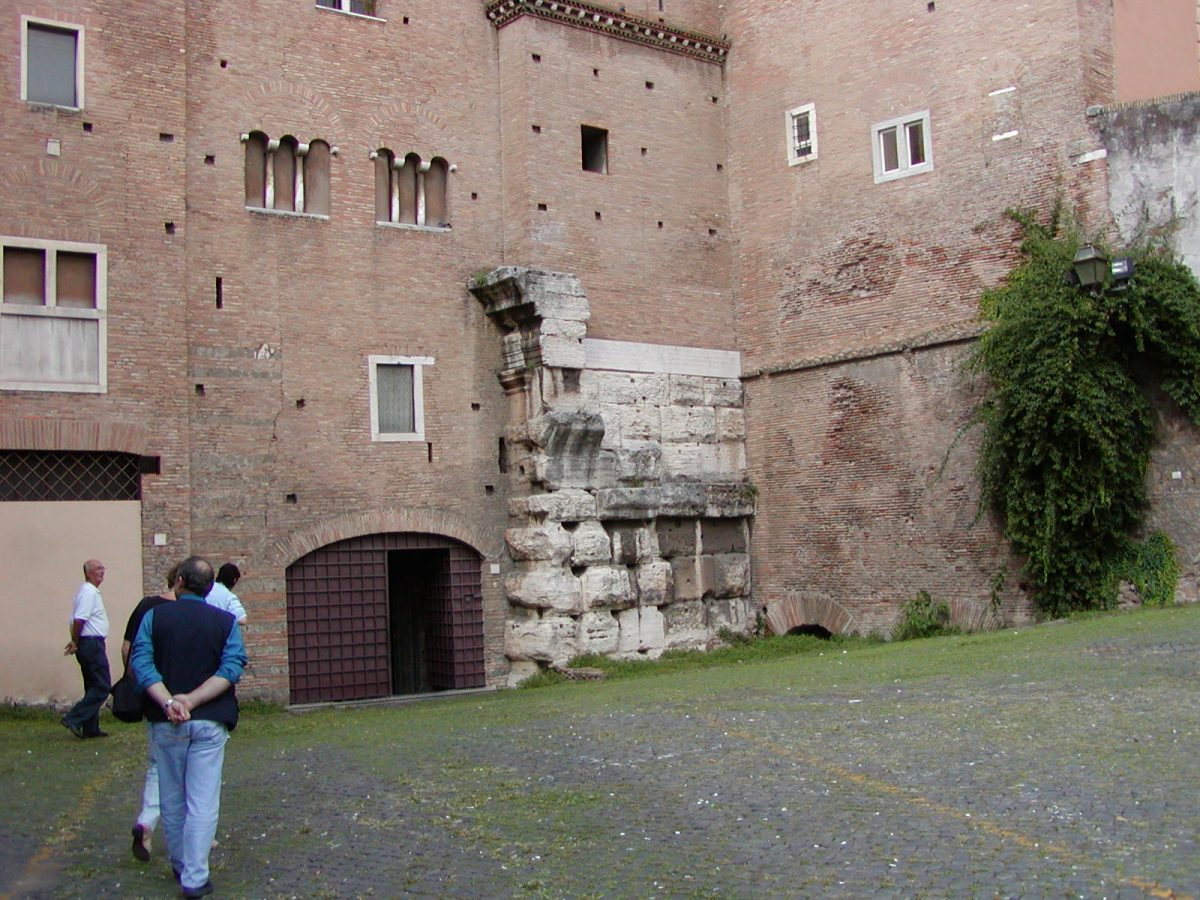 Piazza Santi Giovanni e Paolo - 2002-09-07-151448