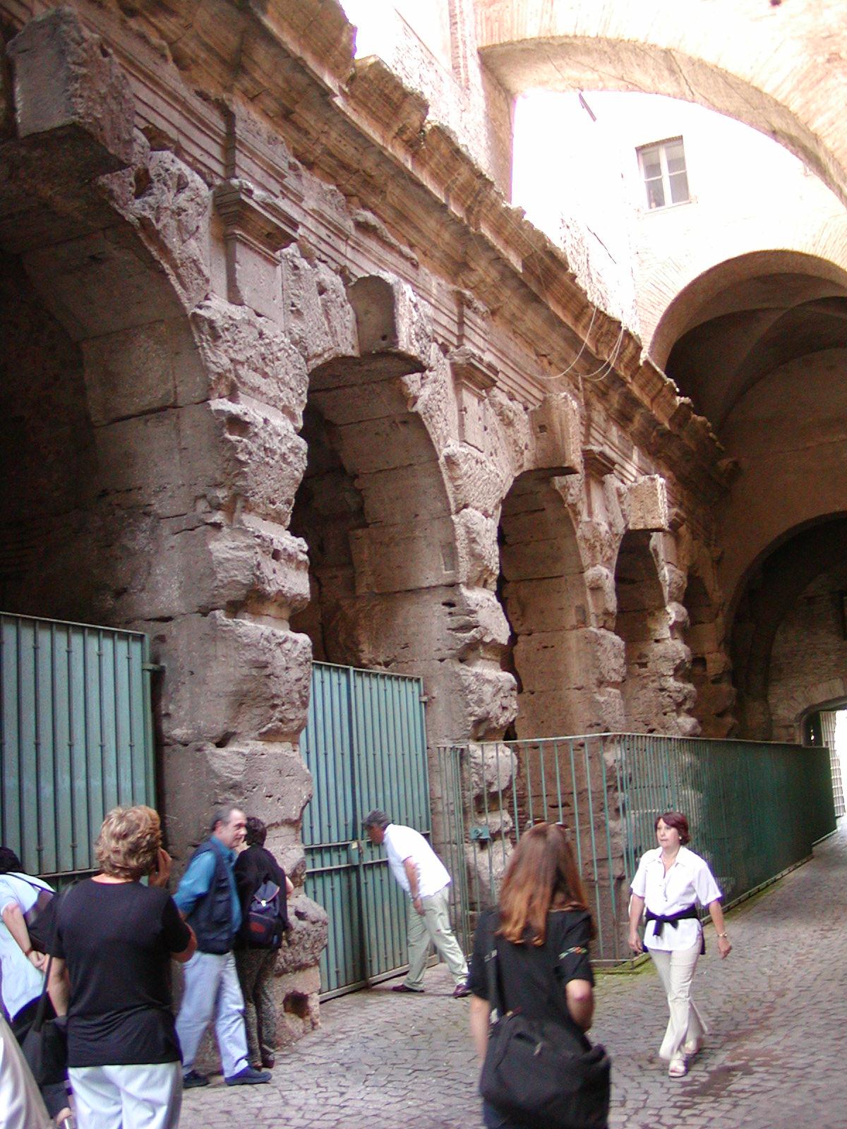 Piazza Santi Giovanni e Paolo - 2002-09-07-151837