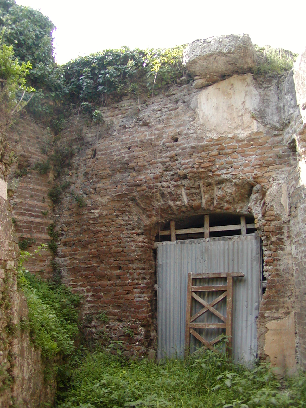 Hadrian's Villa - 2002-09-08-153108