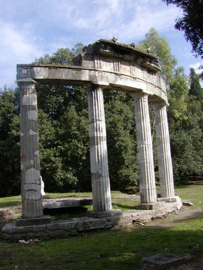 Hadrian's Villa - 2002-09-08-154637