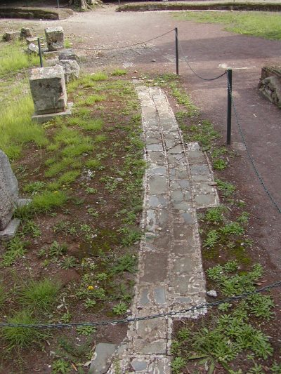 Hadrian's Villa - 2002-09-08-155518