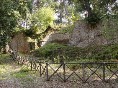 Hadrian's Villa - 2002-09-08-161756