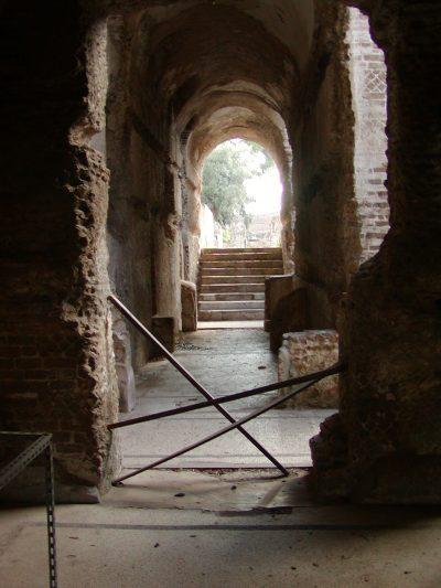 Hadrian's Villa - 2002-09-08-163031