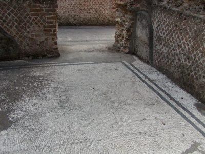 Hadrian's Villa - 2002-09-08-163130
