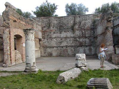 Hadrian's Villa - 2002-09-08-163212