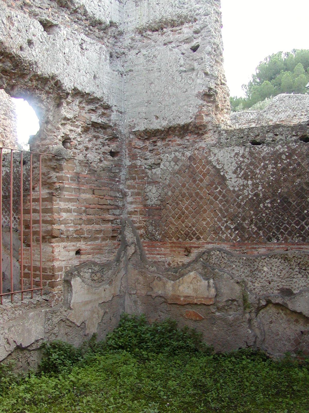 Hadrian's Villa - 2002-09-08-163359