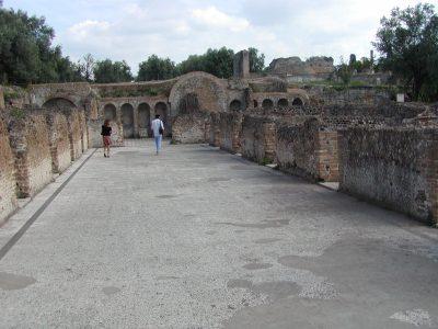 Hadrian's Villa - 2002-09-08-163626