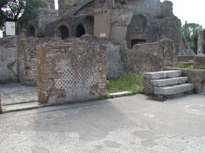 Hadrian's Villa - 2002-09-08-164035