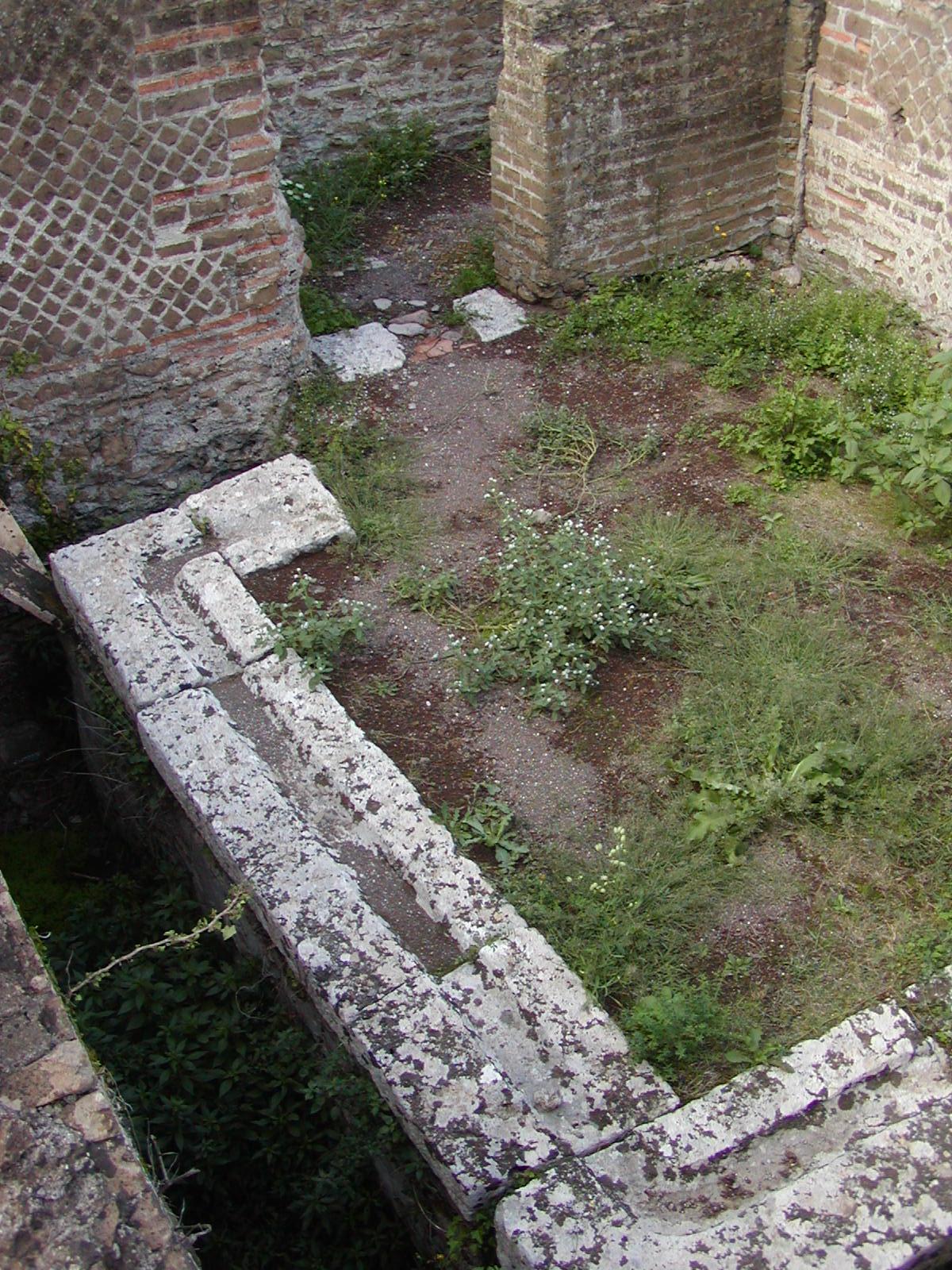 Hadrian's Villa - 2002-09-08-164300