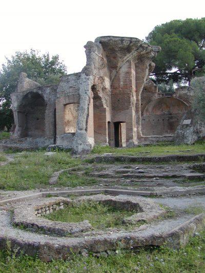 Hadrian's Villa - 2002-09-08-165055