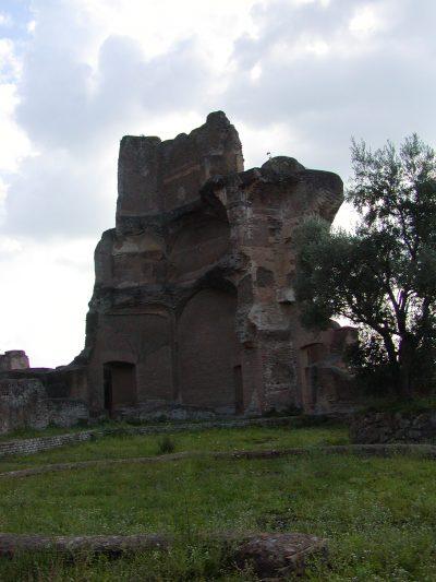 Hadrian's Villa - 2002-09-08-165301