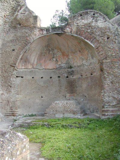 Hadrian's Villa - 2002-09-08-165329