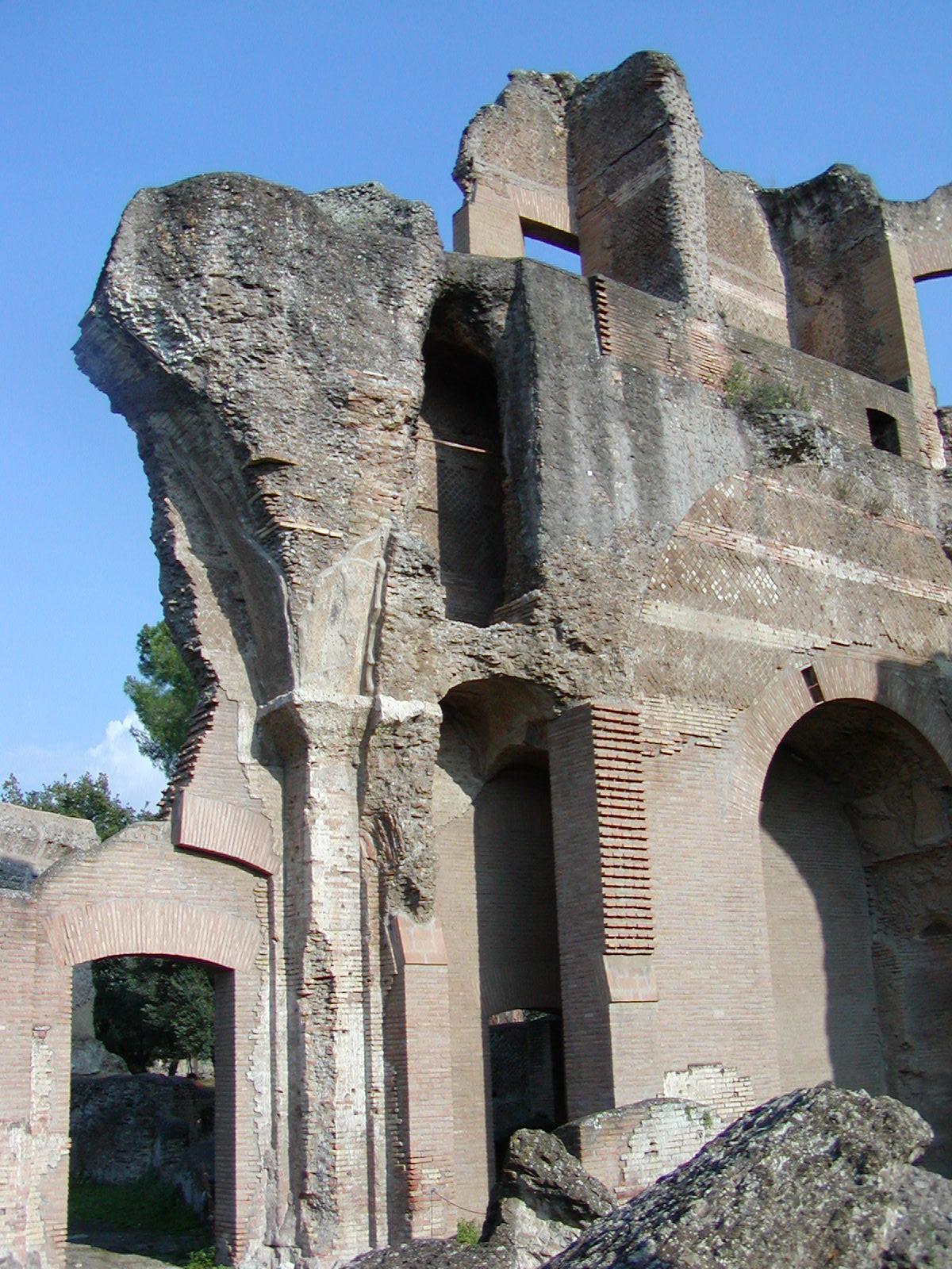 Hadrian's Villa - 2002-09-08-170631