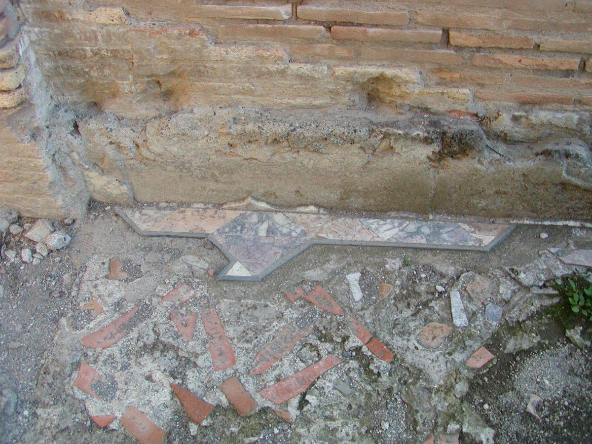 Hadrian's Villa - 2002-09-08-170702