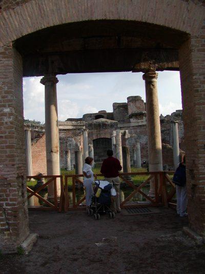 Hadrian's Villa - 2002-09-08-171128