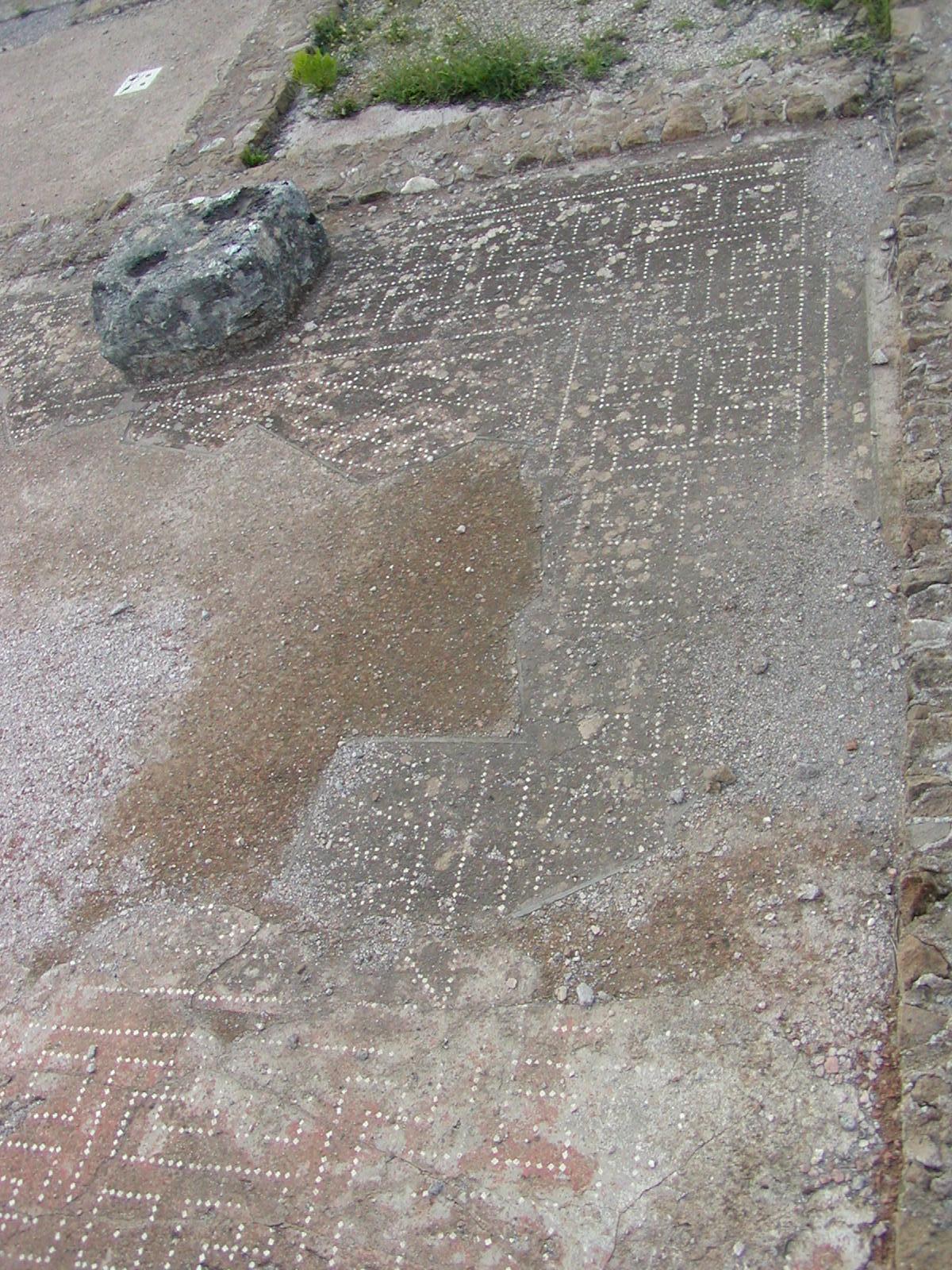 Hadrian's Villa - 2002-09-08-172214