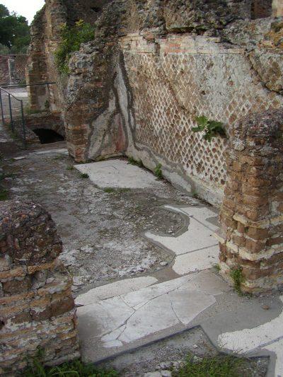 Hadrian's Villa - 2002-09-08-172504
