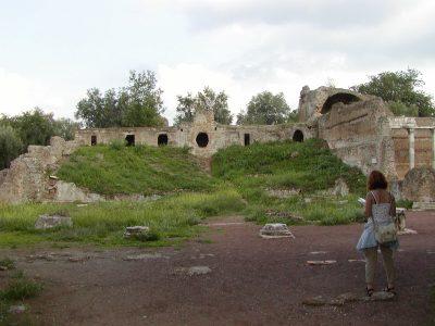 Hadrian's Villa - 2002-09-08-172609