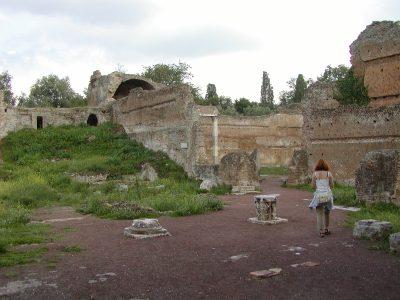 Hadrian's Villa - 2002-09-08-172618