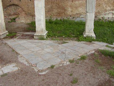 Hadrian's Villa - 2002-09-08-172917