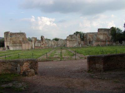 Hadrian's Villa - 2002-09-08-173116
