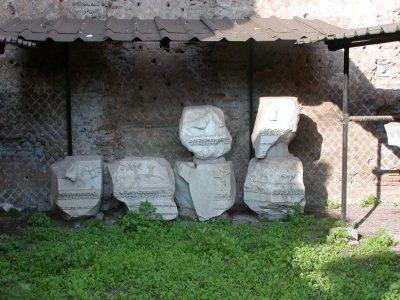 Hadrian's Villa - 2002-09-08-173655