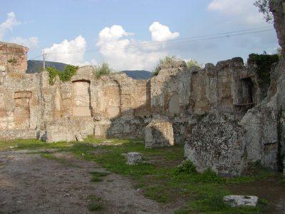 Hadrian's Villa - 2002-09-08-173828