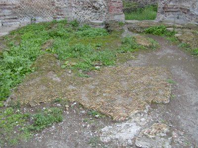 Hadrian's Villa - 2002-09-08-174833