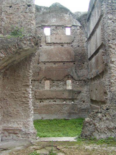 Hadrian's Villa - 2002-09-08-174852