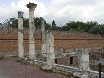 Hadrian's Villa - 2002-09-08-180257